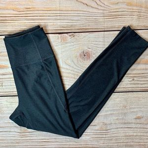 Outdoor voices dark grey 7/8 legging size small